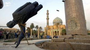 saddam-hussein-statue-toppled
